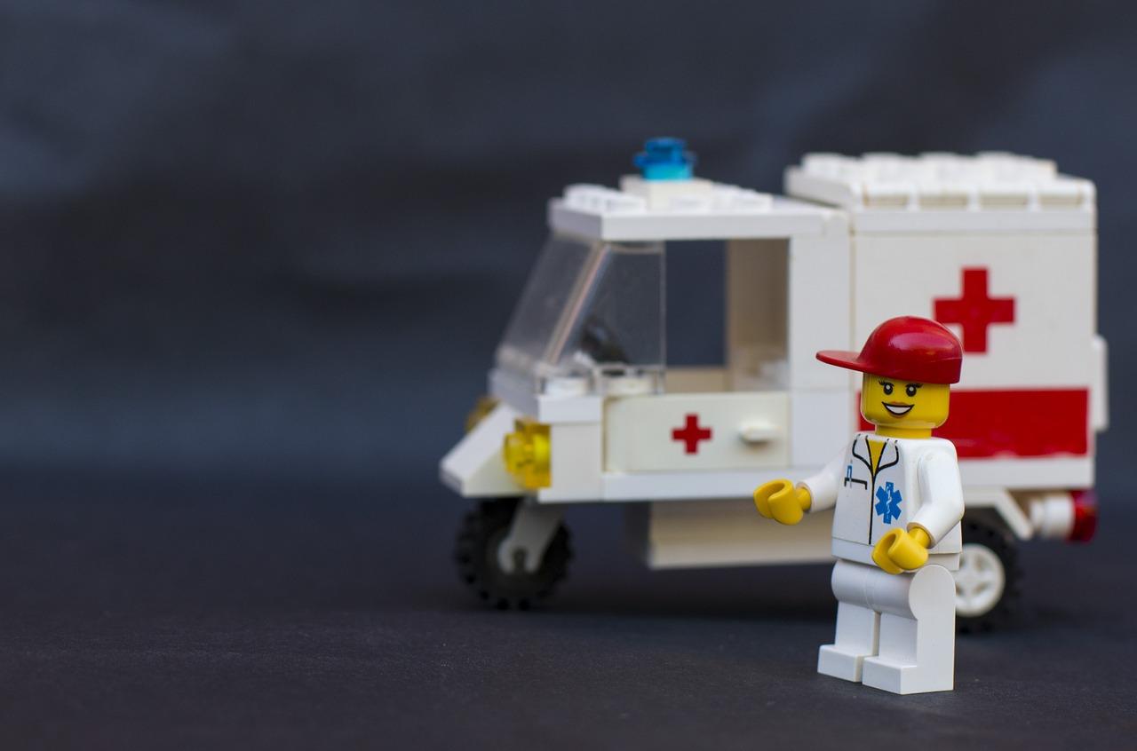 『FAST』ご存じですか?当てはまっている人を見かけたら救急車要請!?