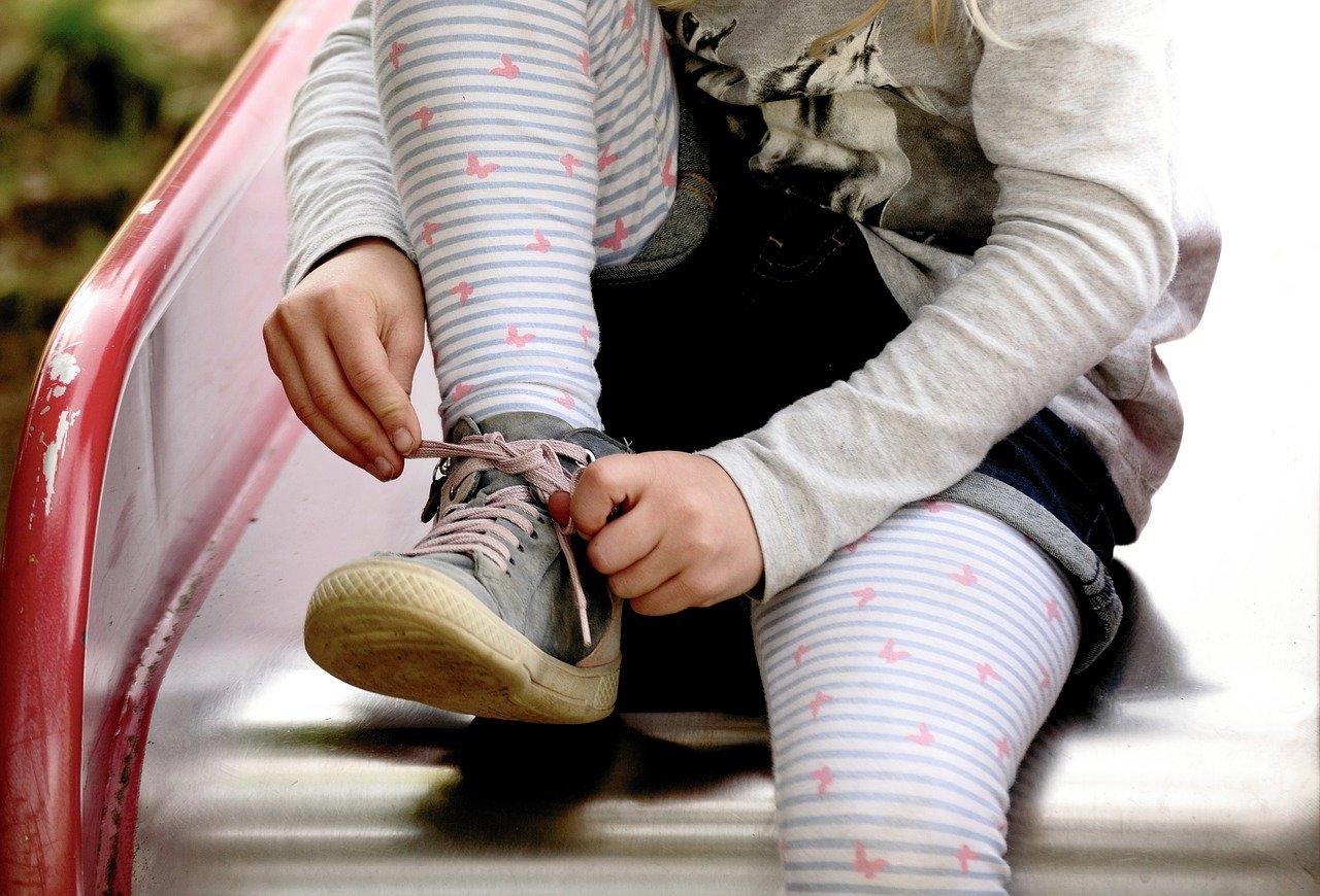 ほどけにくい『靴ひもの結び方』いつもの結び方に一工夫